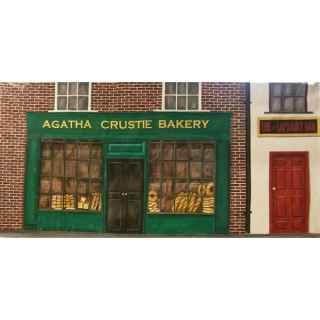 +CHR004.1 Shop Agatha Crustie