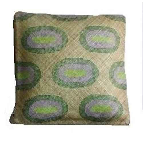 FUR643 Large Tigok Cushion solo