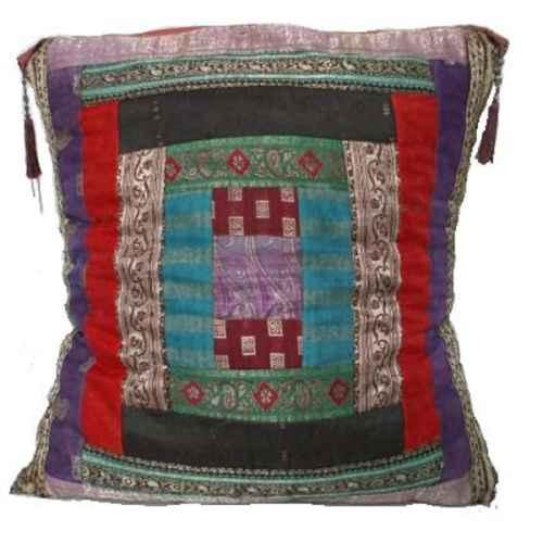 FUR632 Giant Cushion 80 x 80