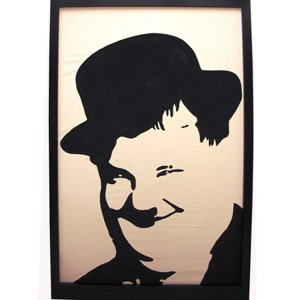 +HOL157 Silhouette OLIVER HARDY