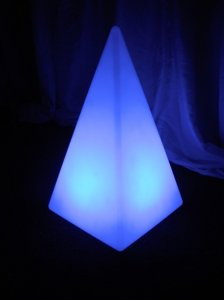 +LUM139 LED Pyramid
