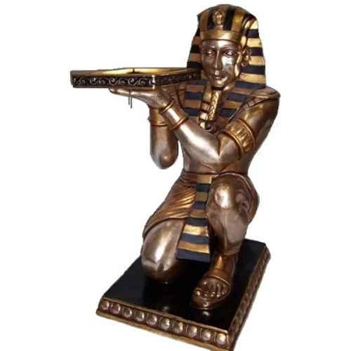 +EGY220A Tutankhamun kneeling