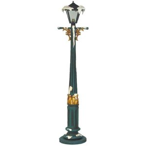 +CHR402 Lampost with snow