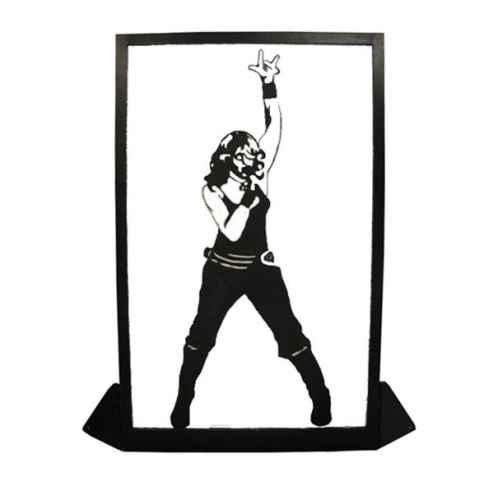 +EIG118 Silhoutte Panel - Madonna web